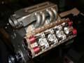 霸道!DIY狂人自制V8发动机